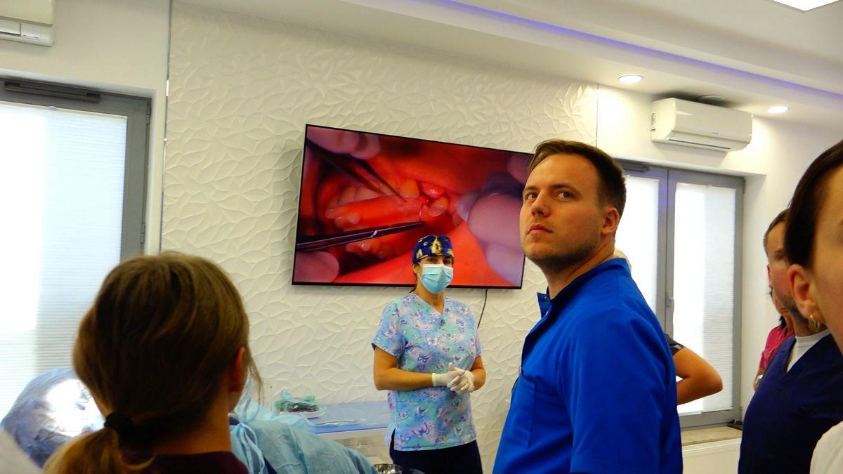 preludium-implantologii-s03-e1-1-061