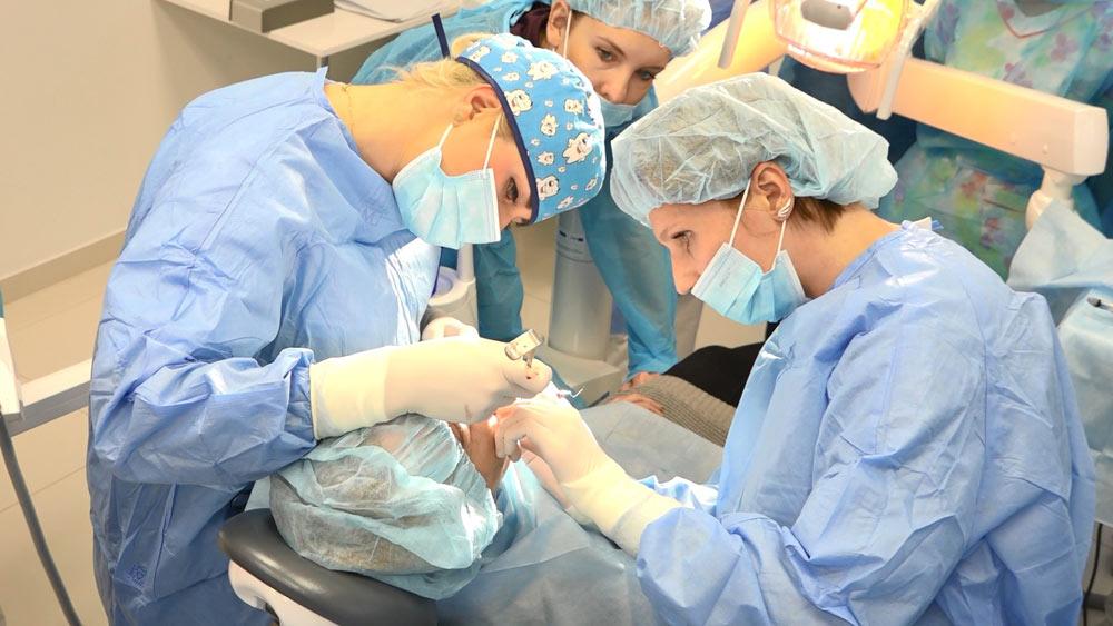 practiculum-implantologii-01-s2-004