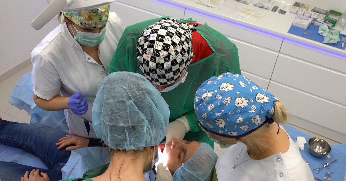 practiculum-implantologii-01-s6-004