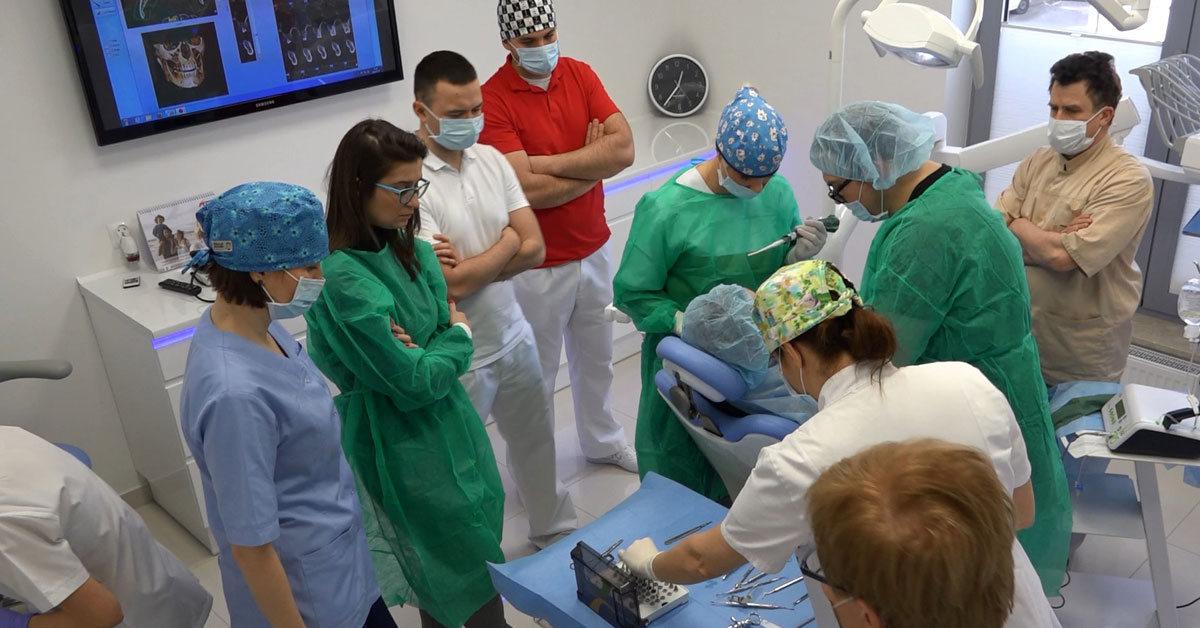 practiculum-implantologii-01-s6-018