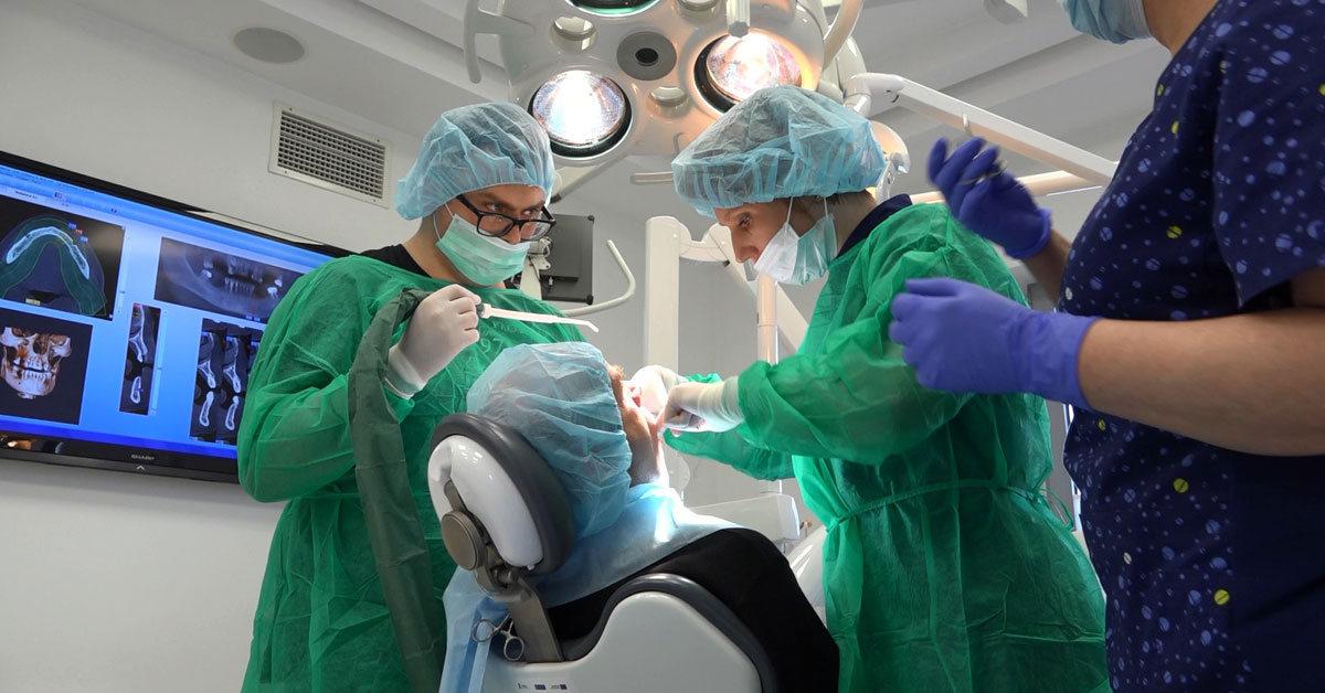 practiculum-implantologii-01-s6-023