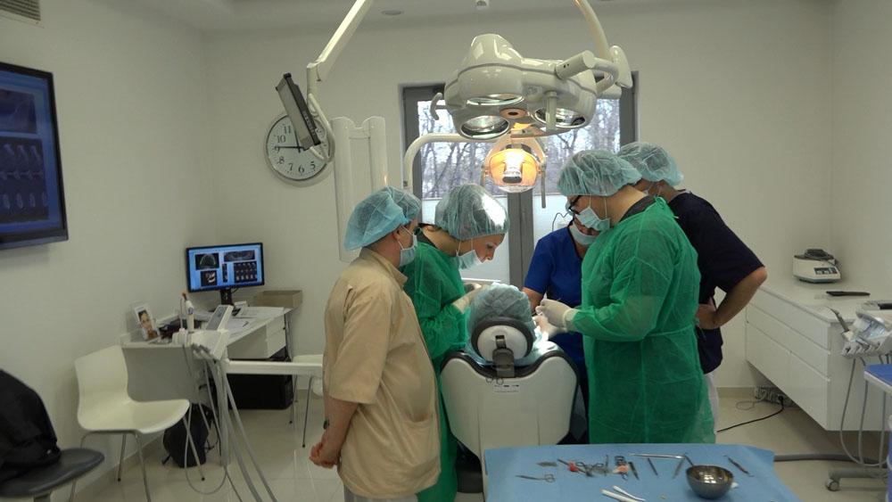 practiculum-implantologii-01-s7-028