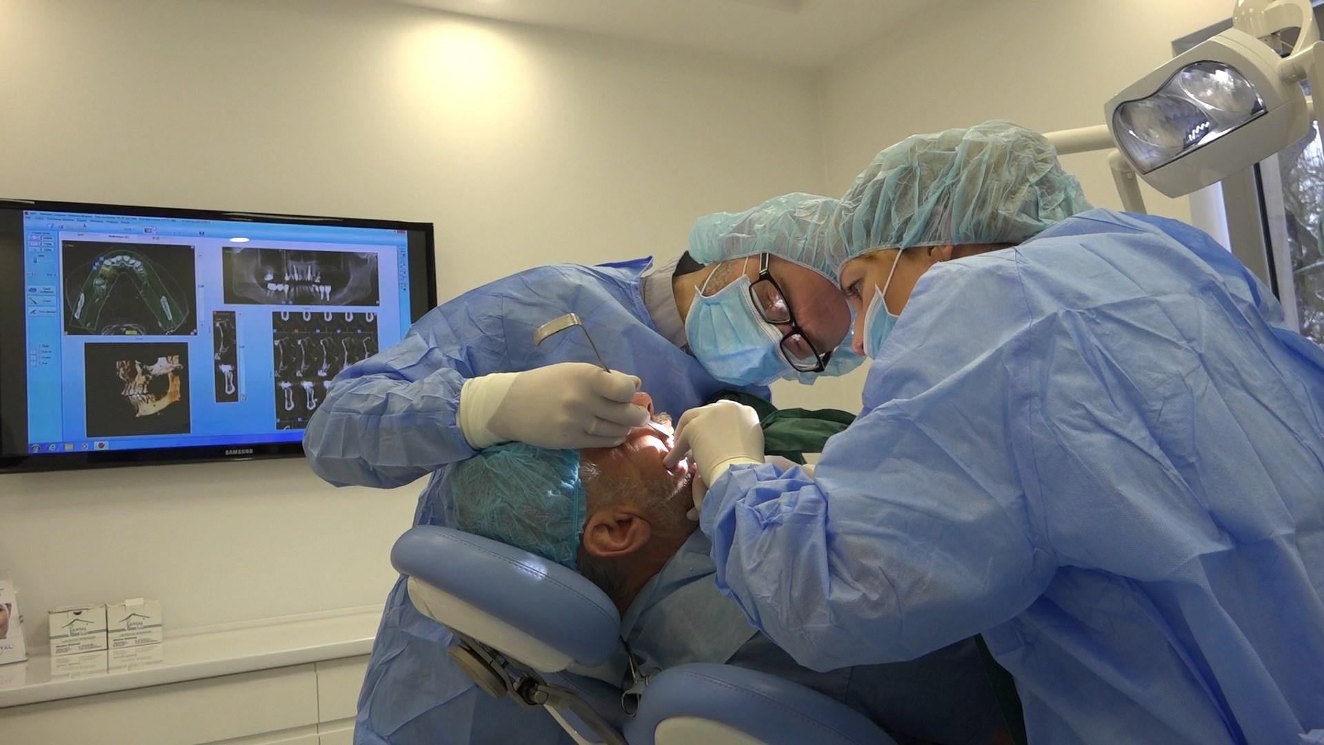 practiculum-implantologii-02-s8-006