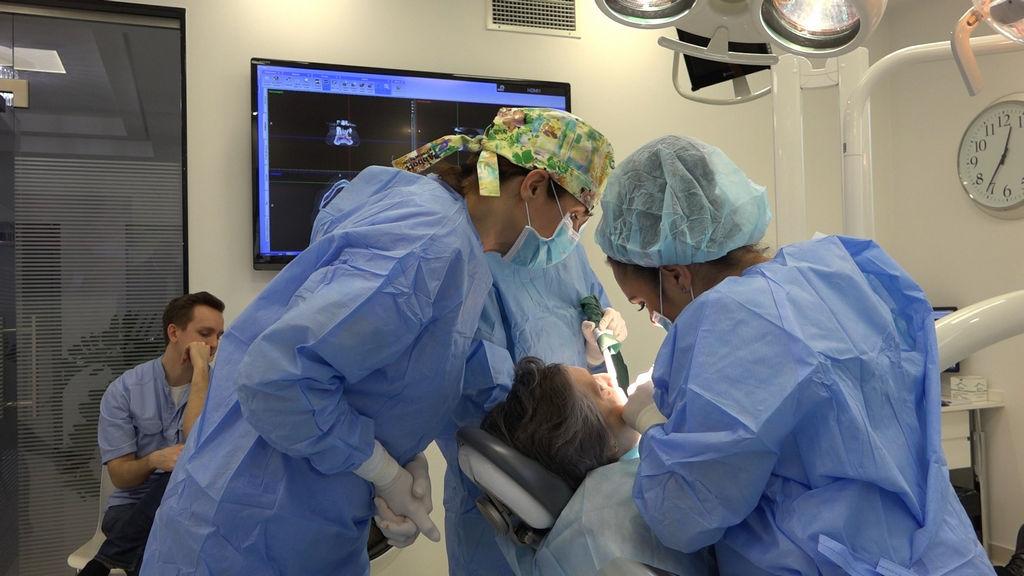 practiculum-implantologii-03-s4-003
