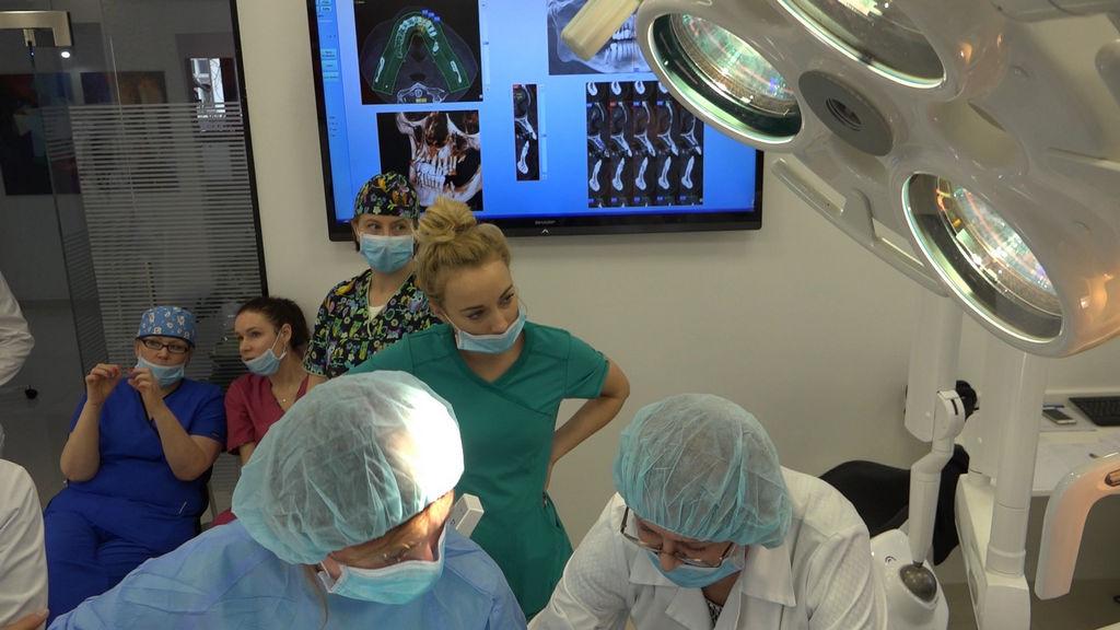 practiculum-implantologii-03-s4-032
