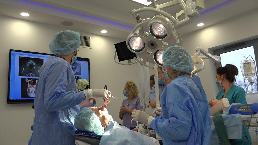 practiculum-implantologii-03-s4-044
