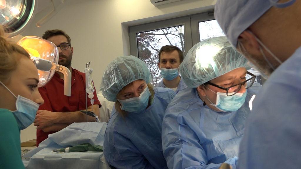 practiculum-implantologii-03-s4-075