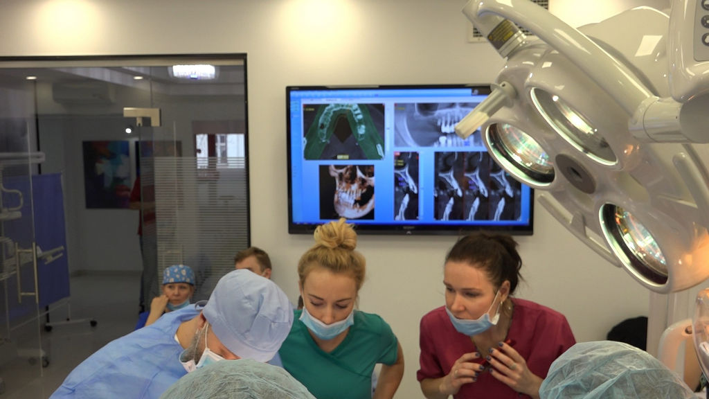 practiculum-implantologii-03-s4-098