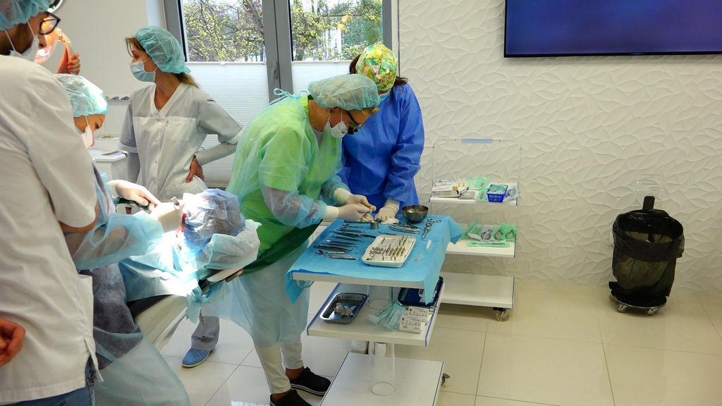 practiculum-implantologii-03-s8-013