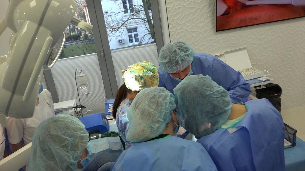 practiculum-implantologii-04-s1-017