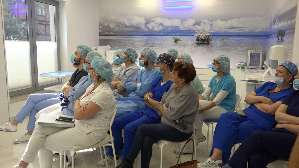 practiculum-implantologii-04-s1-044