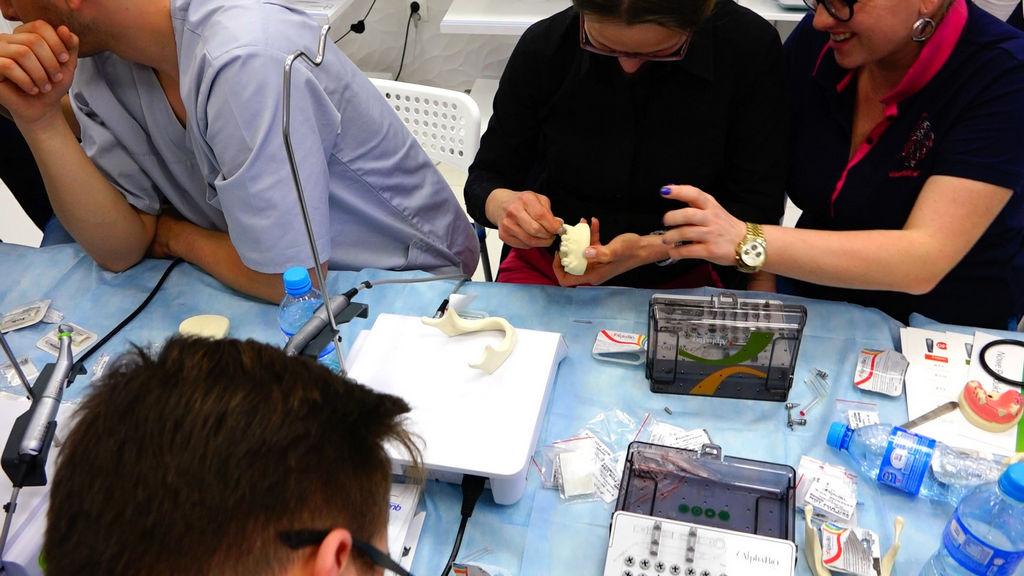 practiculum-implantologii-04-s2-010