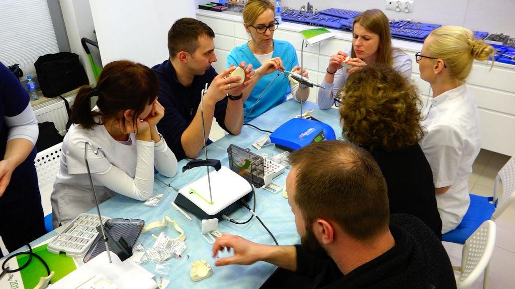 practiculum-implantologii-04-s2-038