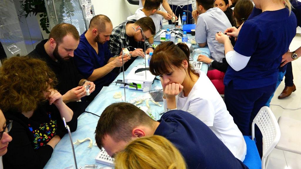 practiculum-implantologii-04-s2-041