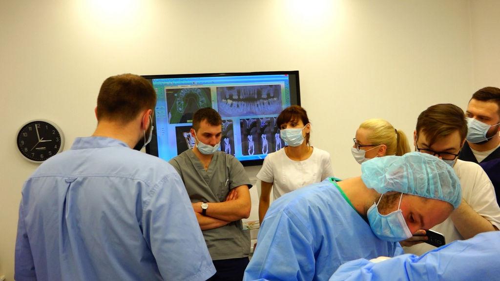 practiculum-implantologii-04-s2-050