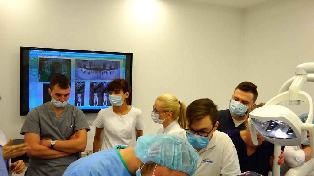 practiculum-implantologii-04-s2-051