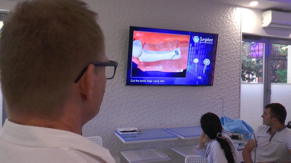 practiculum-implantologii-siv-s3-002