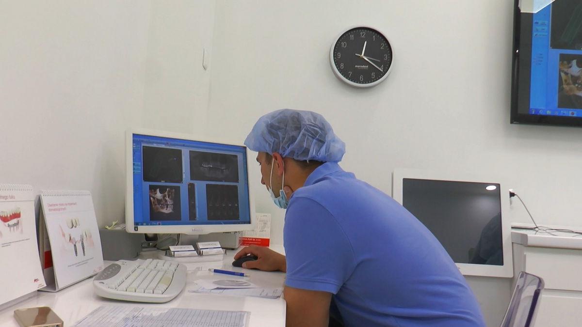 practiculum-implantologii-siv-s3-044