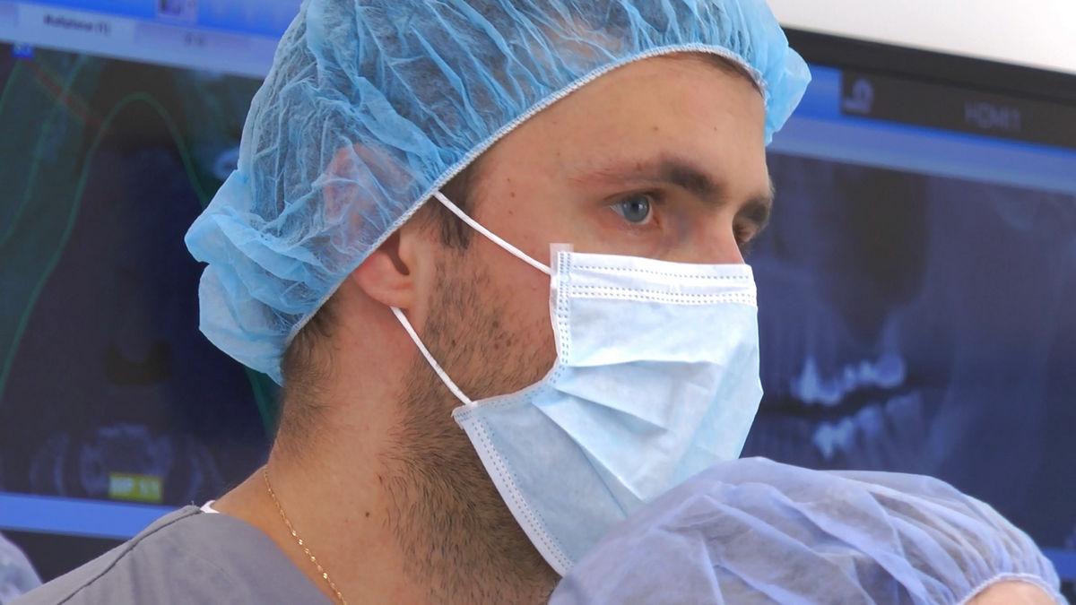 practiculum-implantologii-siv-s3-053