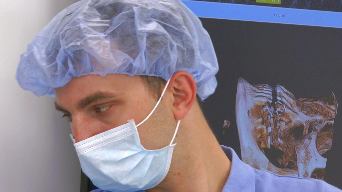practiculum-implantologii-siv-s3-071