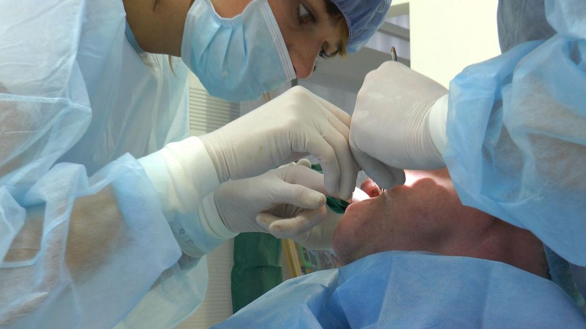 practiculum-implantologii-siv-s3-115