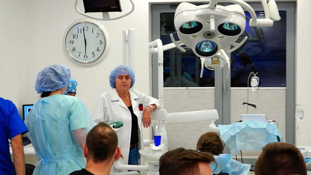 practiculum-implantologii-04-s6-004