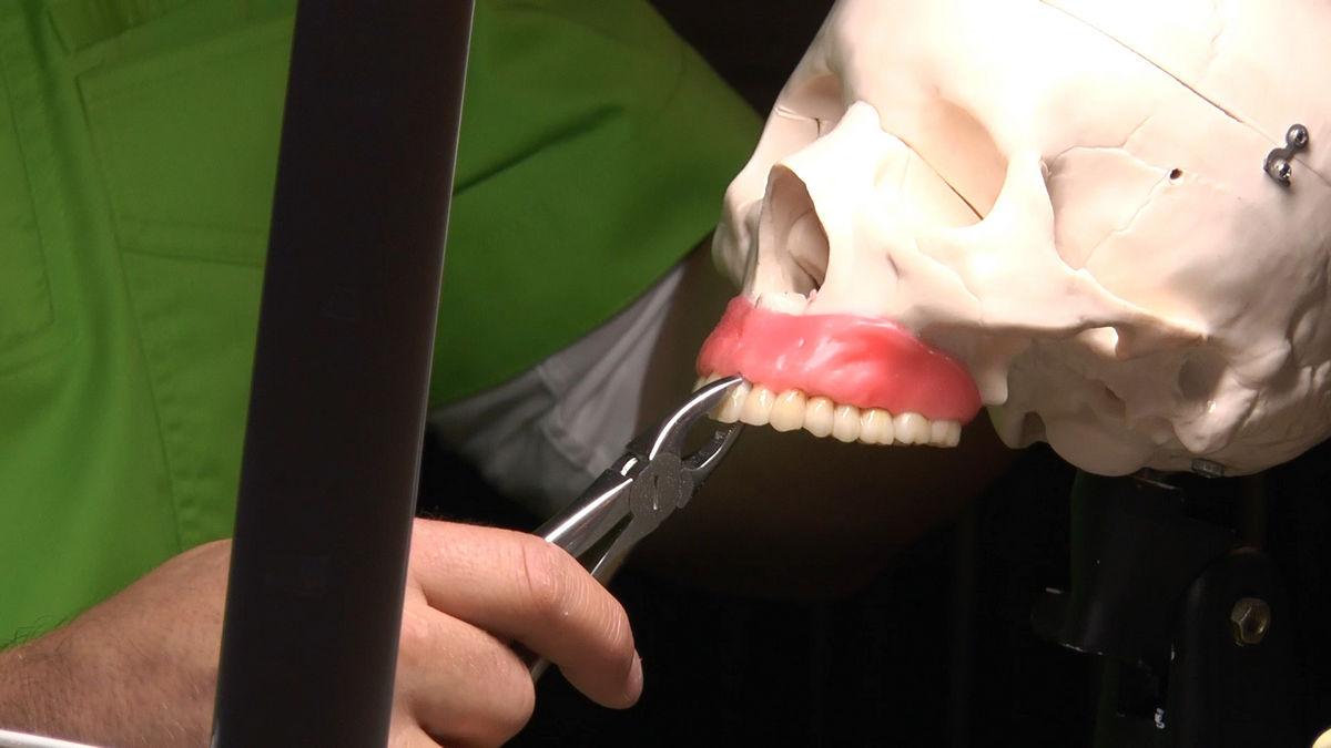 practiculum-implantologii-siv-s6-warsztaty-016