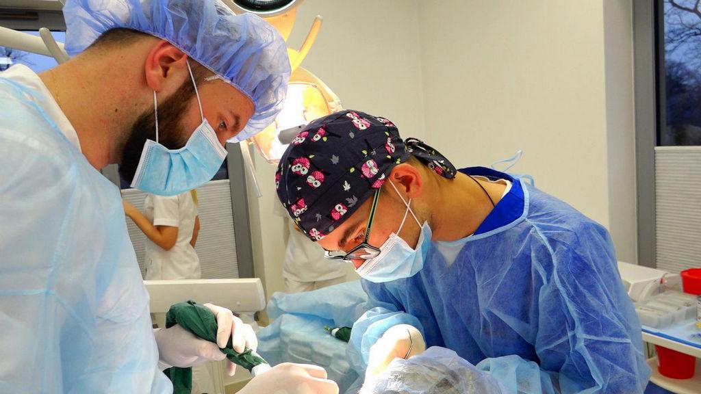 practiculum-implantologii-04-s7-019