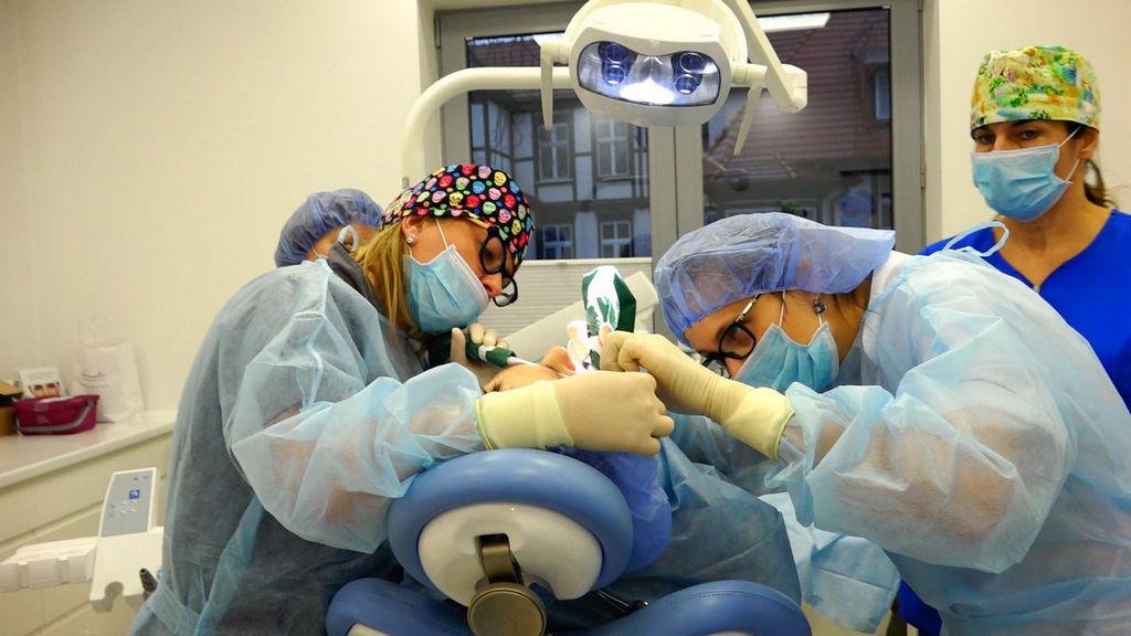 practiculum-implantologii-04-s7-035