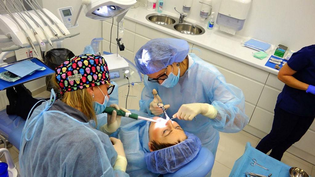 practiculum-implantologii-04-s7-038