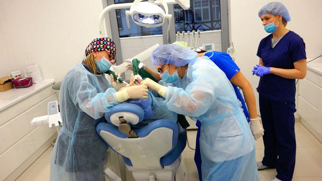 practiculum-implantologii-04-s7-039