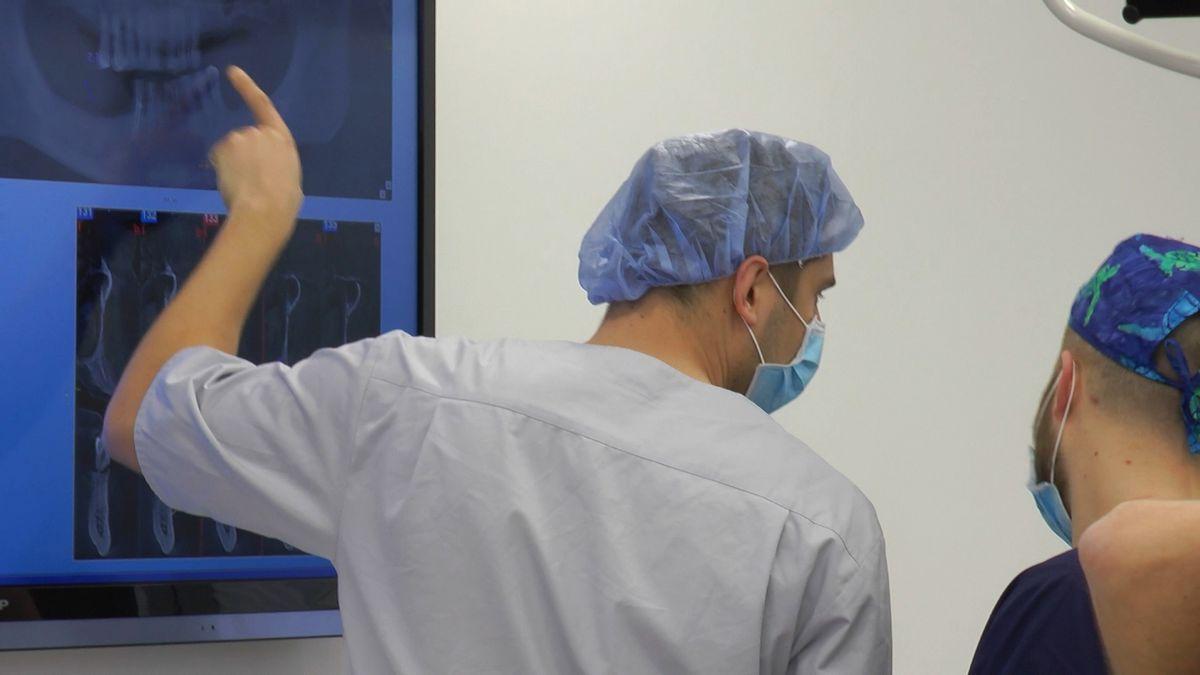 practiculum-implantologii-s4-s8-440