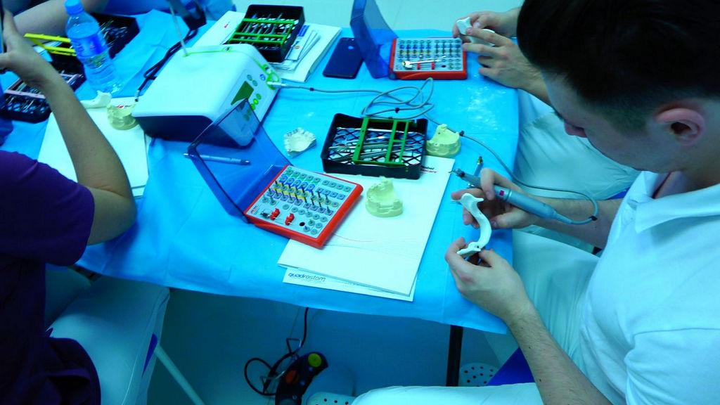 practiculum-implantologii-05-s1b-005