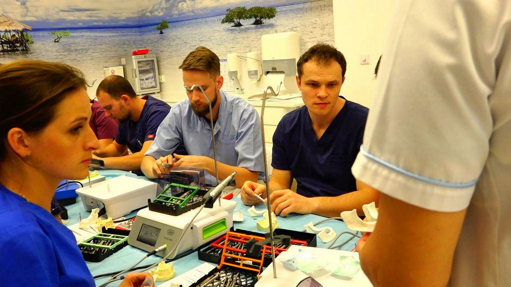 practiculum-implantologii-05-s1b-045