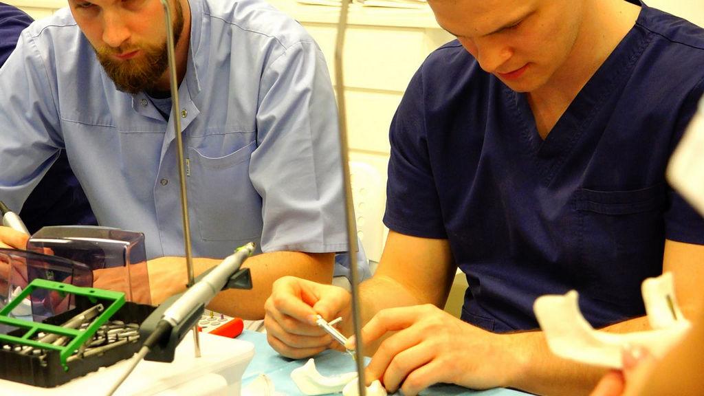 practiculum-implantologii-05-s1b-046