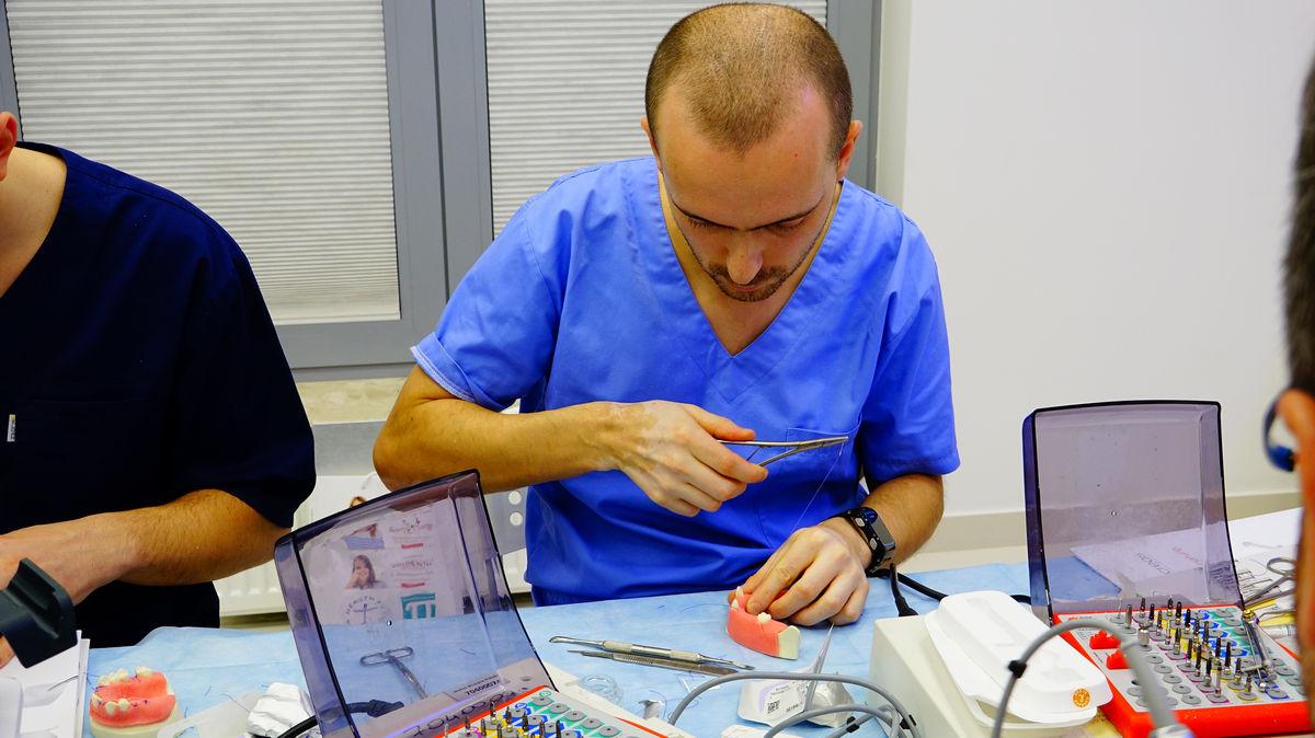 practiculum-implantologii-svb-s3-012