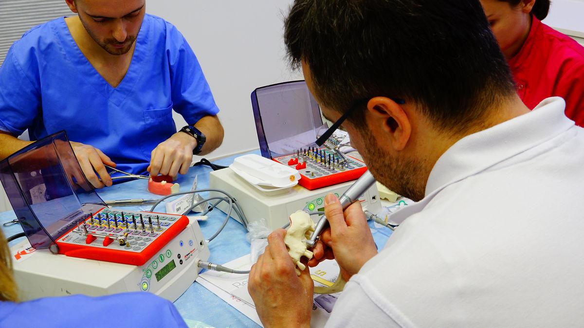 practiculum-implantologii-svb-s3-013