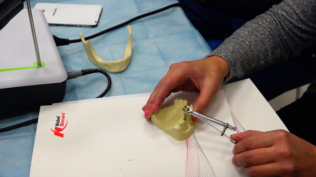 practiculum-implantologii-svb-s3-042