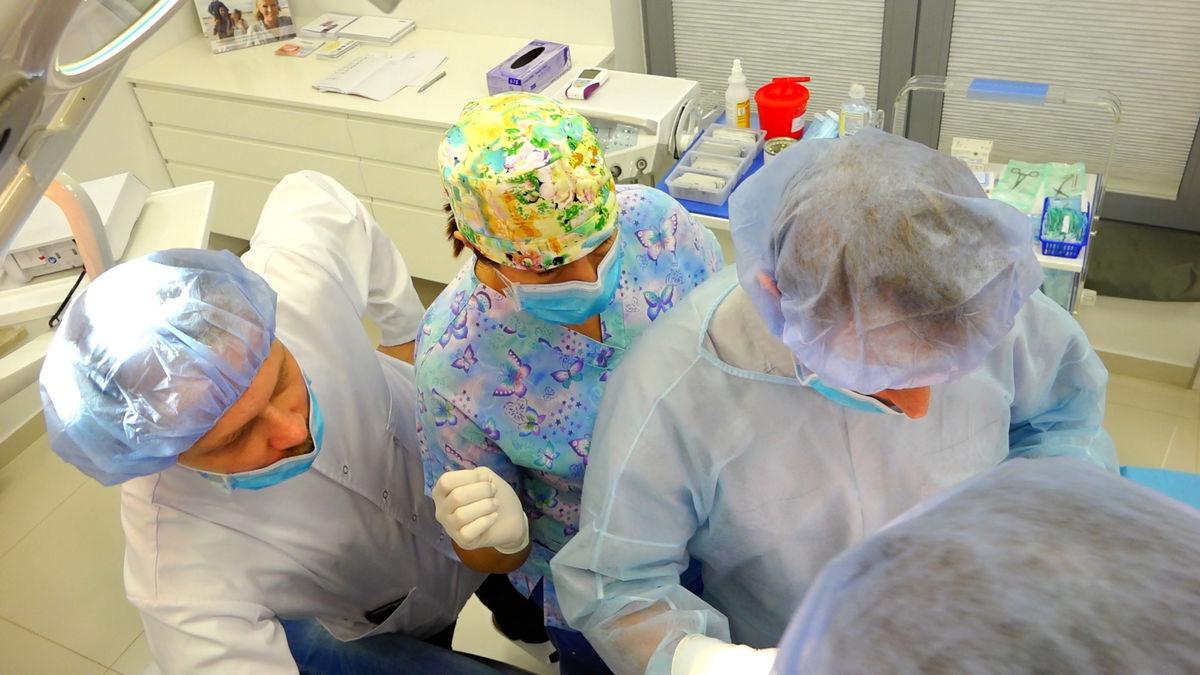 practiculum-implantologii-svb-s3-056