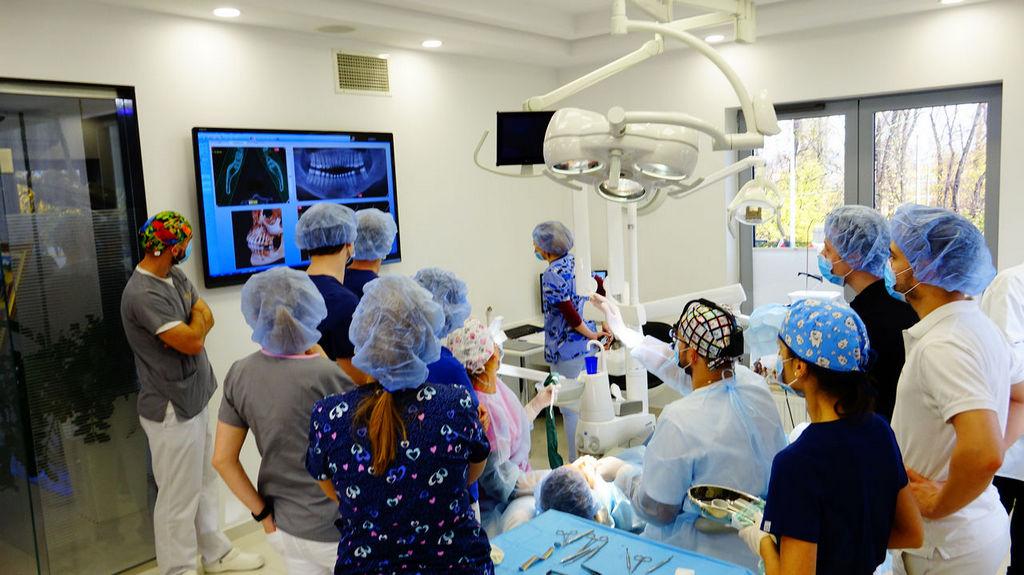practiculum-implantologii-05-s3a-001