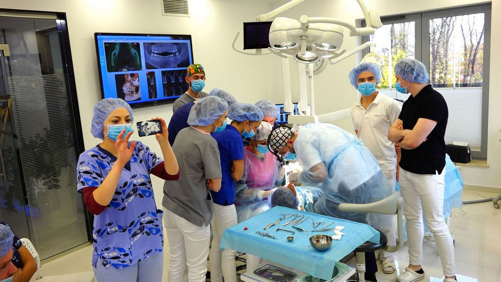 practiculum-implantologii-05-s3a-018