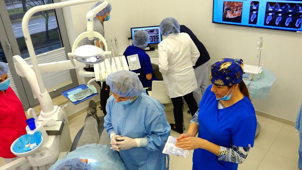 practiculum-implantologii-05-s5b-011