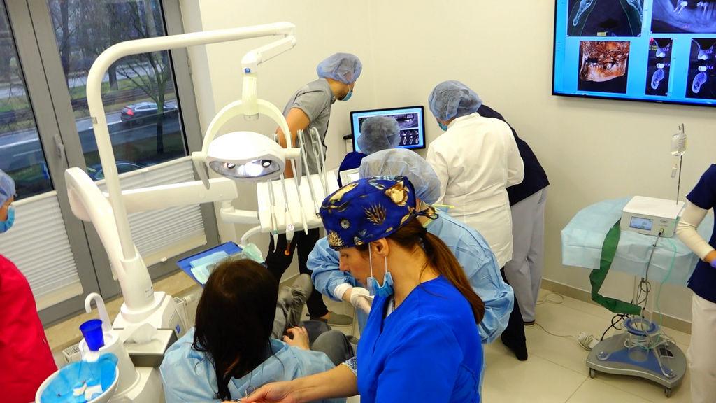 practiculum-implantologii-05-s5b-012