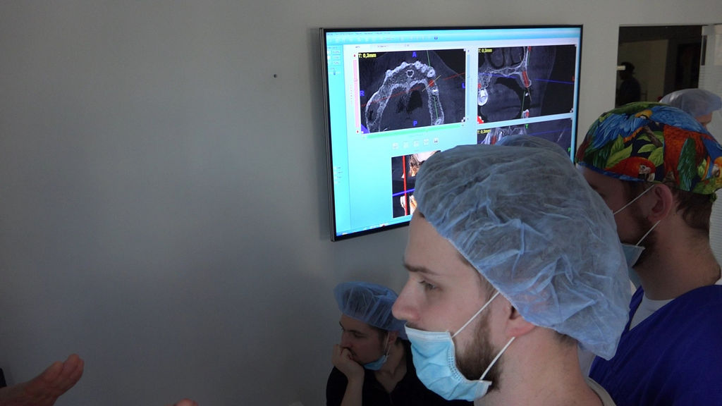 practiculum-implantologii-05-s5a-041