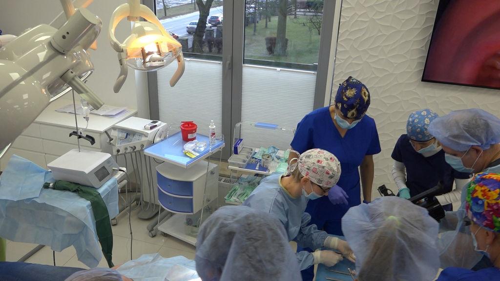 practiculum-implantologii-05-s5a-054