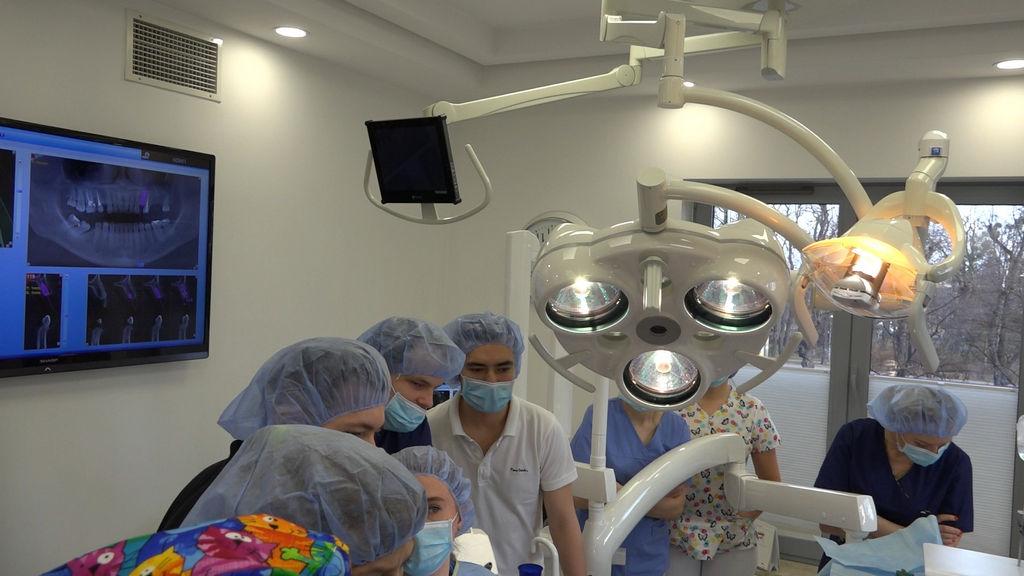 practiculum-implantologii-05-s5a-055