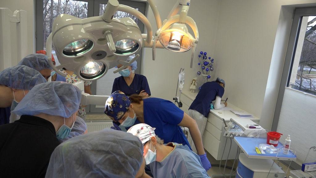 practiculum-implantologii-05-s5a-056