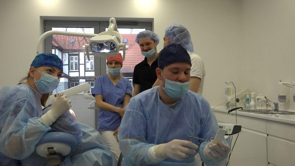practiculum-implantologii-05-s5a-088