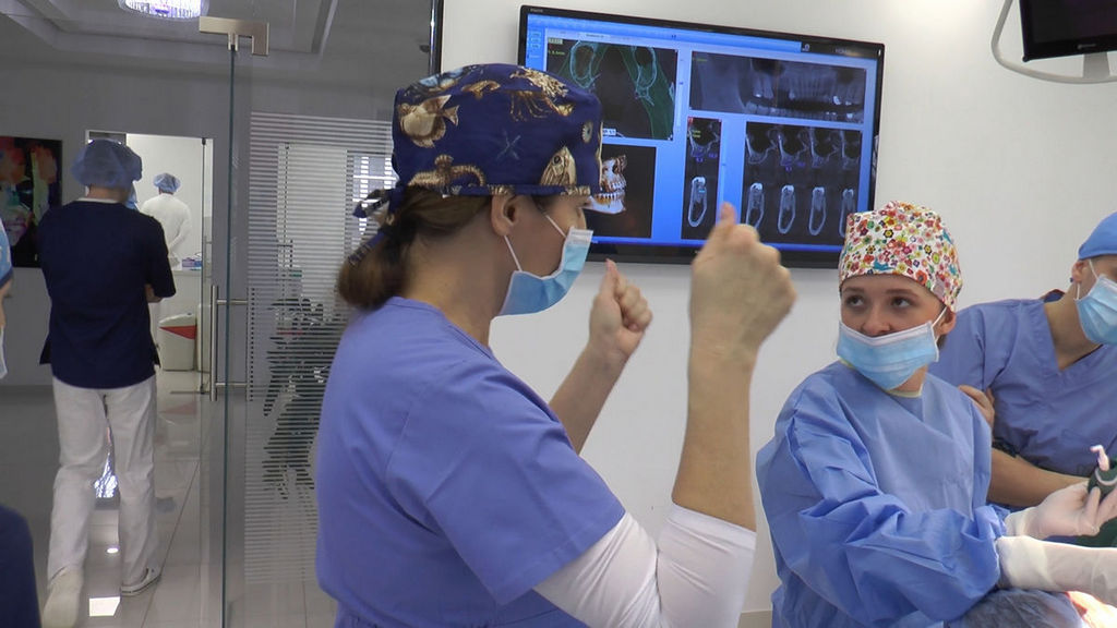 practiculum-implantologii-05-s6b-120