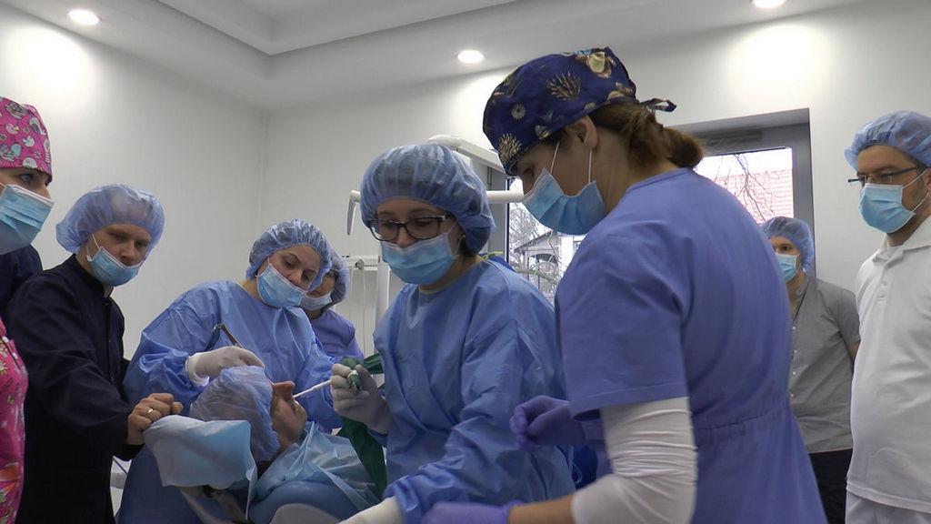 practiculum-implantologii-05-s6b-124